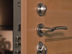 porte-blindate portoncini in pvc alluminio alluminio legno milano, como, monza, lecco