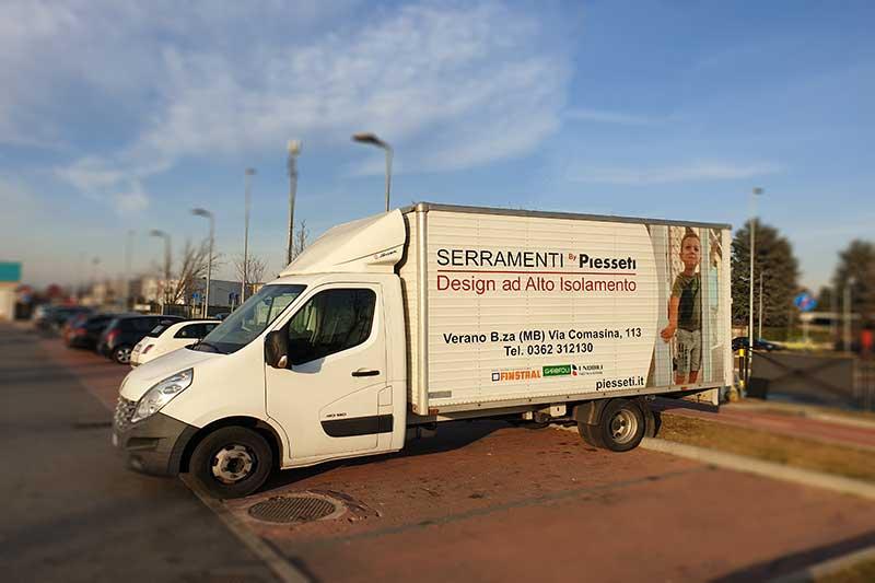 Consegna serramenti province Como Milano Lecco Monza